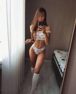 Мила, 21